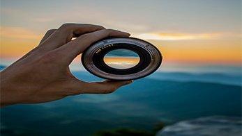 Lensa yang Diperlukan untuk Travel Fotografi Lihat Disini