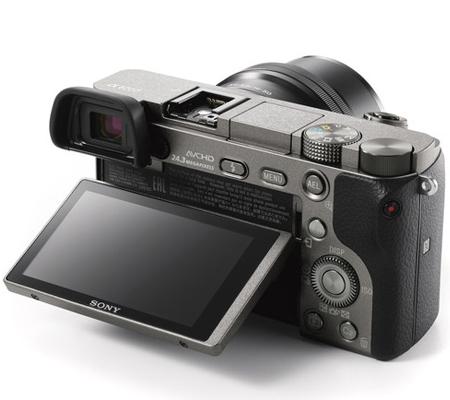Sony Alpha A6000 kit 16-50mm f/3 5-5 6 OSS Graphite Grey