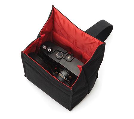 Artisan & Artist ACAM-75 Camera Pouch Black