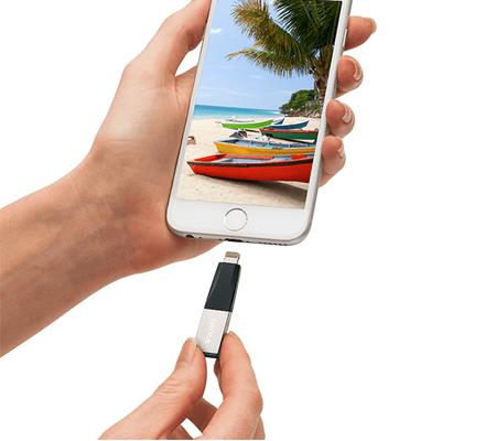 Sandisk 128GB SDIX40N (OTG IPhone Mini)