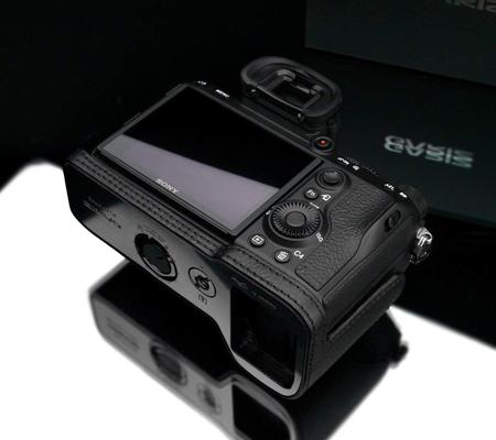 Gariz Halfcase for Sony A7 III / A9  Black XS-CHA7M3BKO