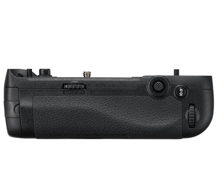 Nikon MB-D17 Battery Grip