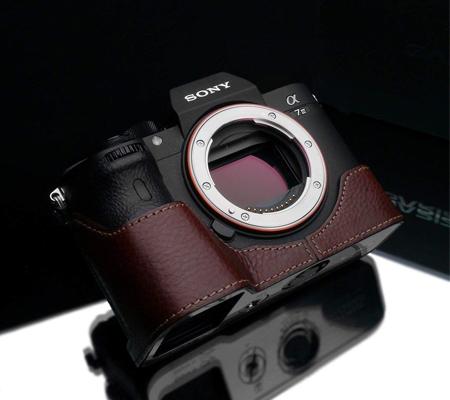 Gariz Halfcase for Sony A7 III Brown XS-CHA7M3BRO