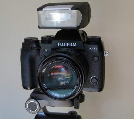 Fujifilm EF-20 Flash