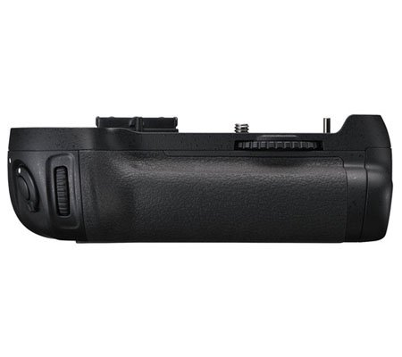 Nikon MB-D12 Battery Grip