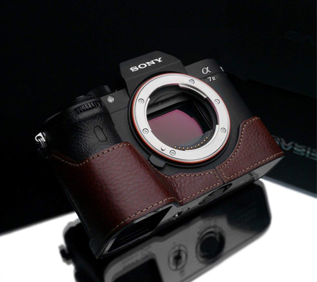 Gariz Halfcase for Sony A7 III Brown XS-CHA7M3BRO