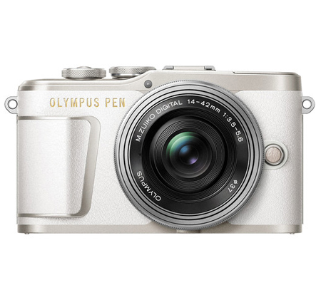 Olympus PEN E-PL9 with M.Zuiko 14-42mm EZ White